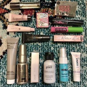 15pc Makeup & Haircare Bundle